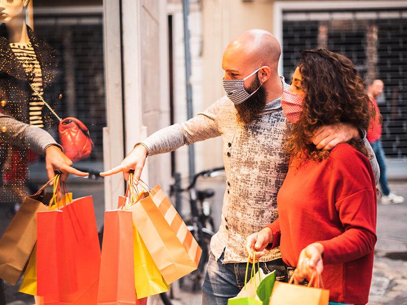 S'aprova el calendari de festius amb obertura comercial autoritzada per al 2022 i 2023